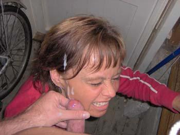 Sperma schlucken kostenlos